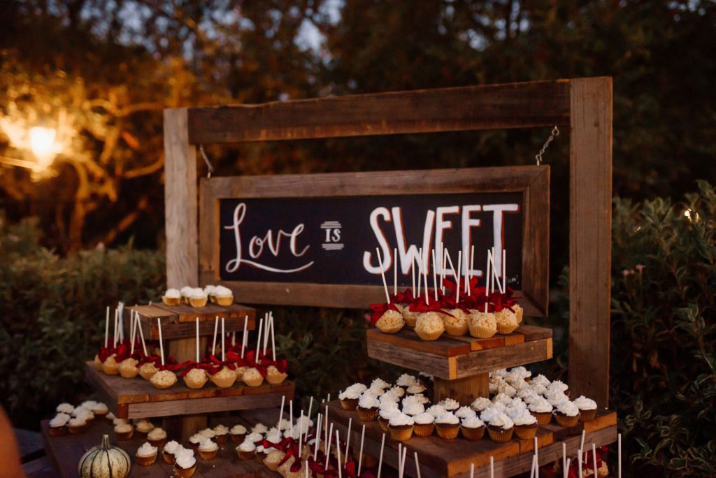 Love is Sweet: Macedo Wedding