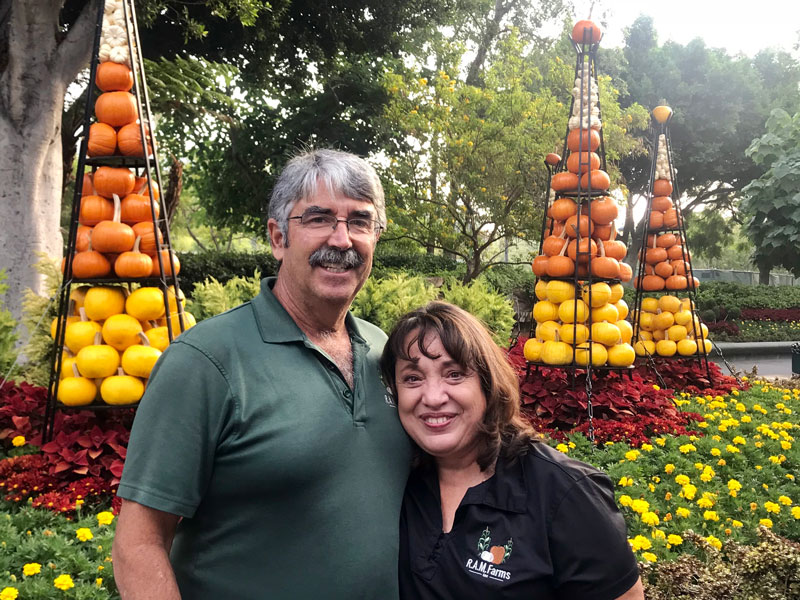 Ron-and-Karen-Macedo-Disneyland